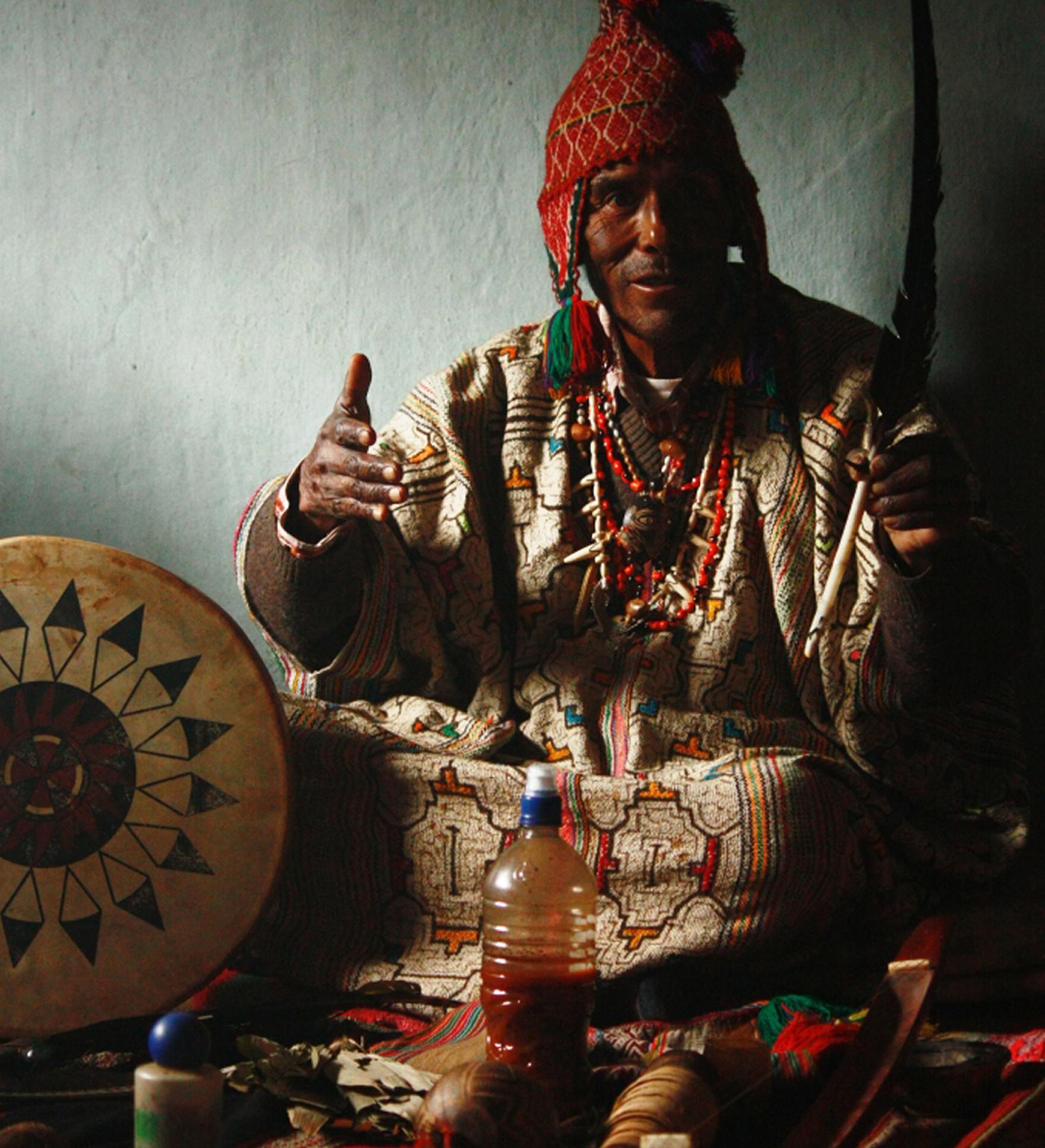 Cerimônias da Portal of Light são conduzidas por um xamã que deve ter a habilidade de fechar o ritual segundo o cronograma
