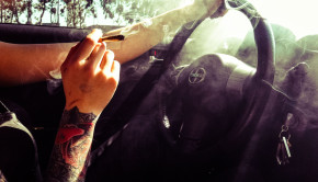 driving-and-smoking