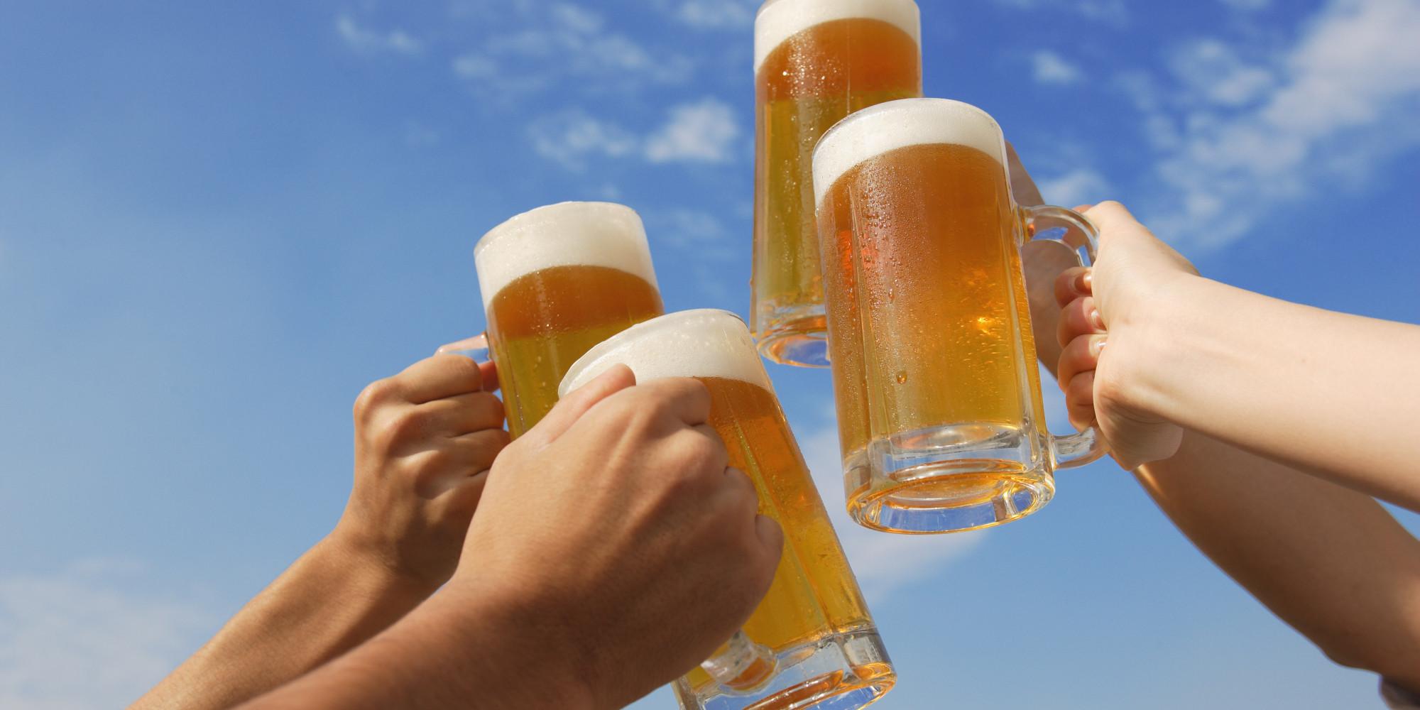 Lançada no Canadá, cerveja extraída da maconha substitui álcool por THC